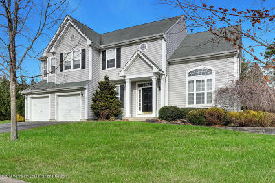 Toms River Single Family Home For Sale: 2301 Sherwood Forest Drive