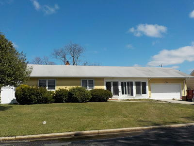 Spring Lake Single Family Home For Sale: 712 Jersey Avenue
