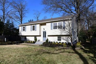 Middletown Single Family Home For Sale: 167 Leonardville Road