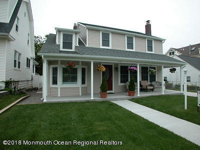 Point Pleasant Beach Single Family Home For Sale: 115 Parkway