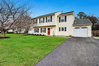 Toms River Single Family Home For Sale: 174 Liberty Bell Road