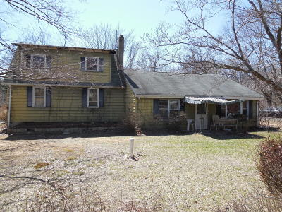 Millstone Single Family Home For Sale: 225 Woodville Road