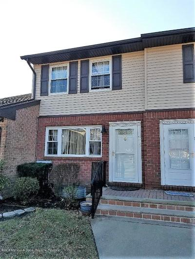 Brick Condo/Townhouse For Sale: 1012 Tammy Court
