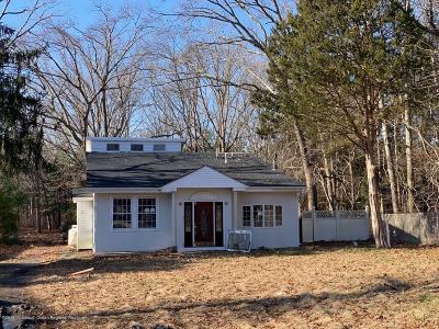 Howell Single Family Home For Sale: 726 Oak Glen Road