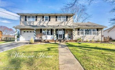 Freehold Single Family Home For Sale: 21 Brookwood Drive