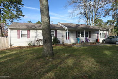 Toms River Single Family Home For Sale: 1441 5th Avenue