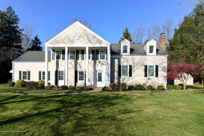 Colts Neck Single Family Home For Sale: 8 Sherwood Lane