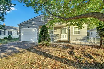 Berkeley Adult Community For Sale: 33 Chesterfield Lane