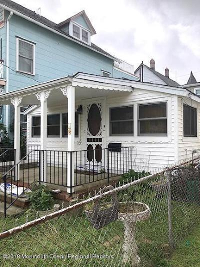 Ocean Grove Single Family Home For Sale: 52 Broadway