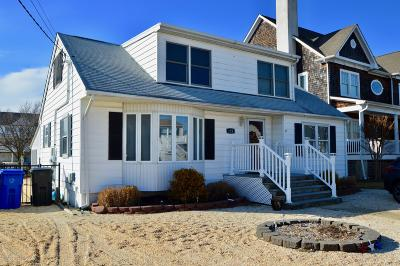 Toms River Single Family Home For Sale: 122 Waldron Road