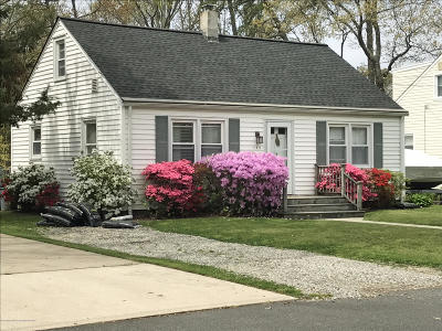Island Heights Single Family Home Under Contract: 105 Cedar Avenue