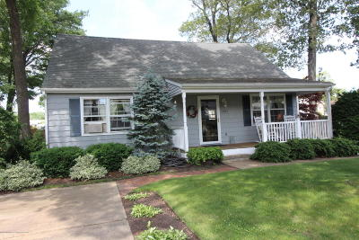 Point Pleasant Single Family Home For Sale: 2305 Bert Avenue
