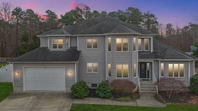 Toms River Single Family Home For Sale: 2161 Chapel Court
