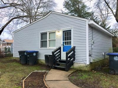 Wall Rental For Rent: B Curtis Avenue