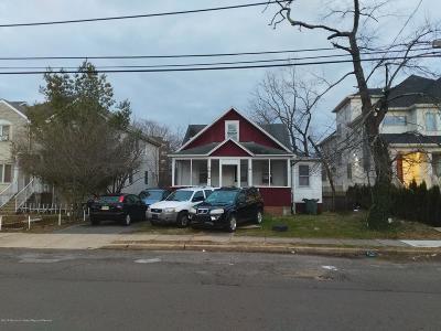 Lakewood Single Family Home For Sale: 321 Dewey Avenue