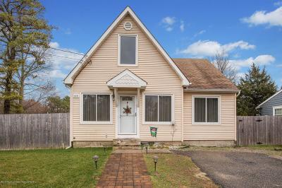 Brick Single Family Home For Sale: 409 Vannote Place