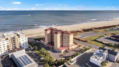 Long Branch Condo/Townhouse Under Contract: 384 Ocean Avenue #4C