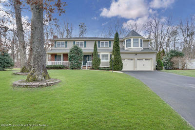 Toms River Single Family Home For Sale: 12 Huntington Court