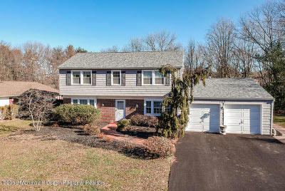 Aberdeen, Matawan Single Family Home For Sale: 123 Ivy Hill Drive