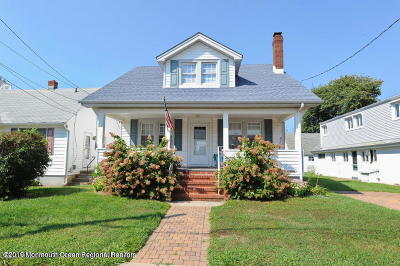 Point Pleasant Beach Multi Family Home For Sale: 303 Trenton Avenue