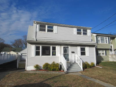 Hazlet Single Family Home For Sale: 161 Laurel Avenue