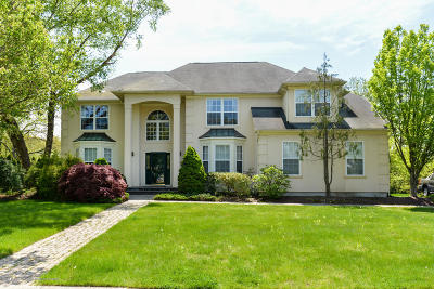 Monmouth County Single Family Home For Sale: 4 Tudor Drive