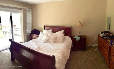 Howell Condo/Townhouse For Sale: 7 Woodpecker Road #1000