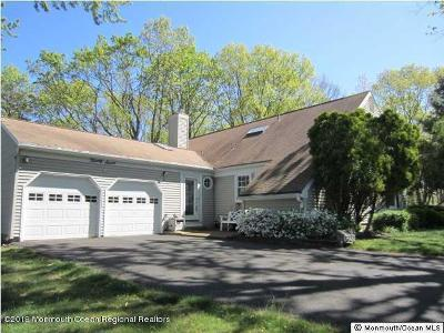 Ocean County Single Family Home For Sale: 27 New Castle Court