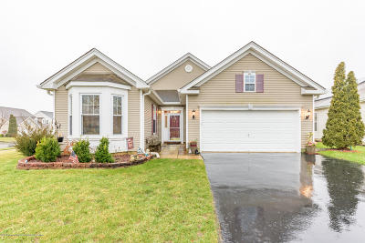 Monmouth County Adult Community For Sale: 118 Minuteman Circle