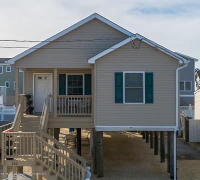 Barnegat Light, Beach Haven, Beach Haven Borough, Harvey Cedars, Long Beach, Long Beach Twp, Ship Bottom, Surf City Single Family Home For Sale: 202 W 17th Street