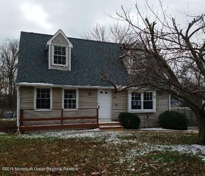 Toms River Single Family Home For Sale: 1709 Mohawk Drive