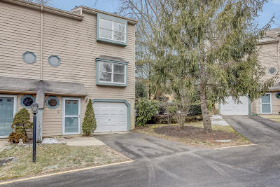 Toms River Condo/Townhouse For Sale: 28 Melrose Drive #10D