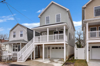 Monmouth County Single Family Home For Sale: 228 Bay Avenue