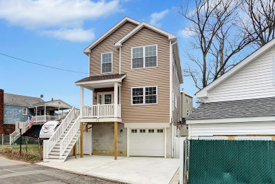 Monmouth County Single Family Home For Sale: 25 Cedar Street