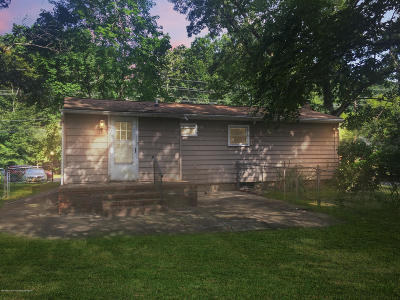 Single Family Home For Sale: 729 Monmouth Road