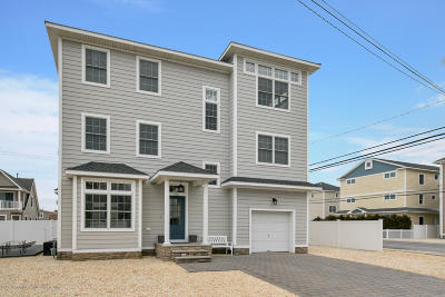 Ocean County Single Family Home For Sale: 100 N Bayside Road