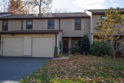 Monmouth County Condo/Townhouse For Sale: 24 Hunters Run