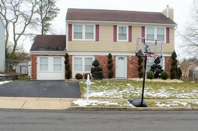 Ocean County Single Family Home For Sale: 32 Sextant Drive