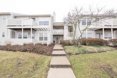 Howell Condo/Townhouse Under Contract: 443 Winterberry Court