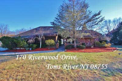 Toms River Single Family Home For Sale: 170 Riverwood Drive