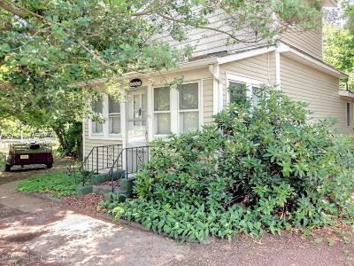 Toms River Single Family Home For Sale: 1482 Lakewood Road