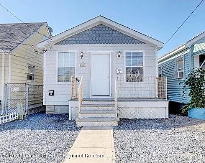 Seaside Heights Multi Family Home For Sale: 215 Sheridan Avenue