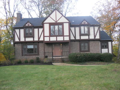 Middletown Single Family Home Under Contract: 875 Church Lane
