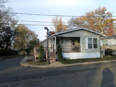 Monmouth County Single Family Home For Sale: 74 Bow Avenue