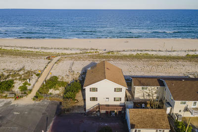Beach Haven Single Family Home For Sale: 14 E 4th Street