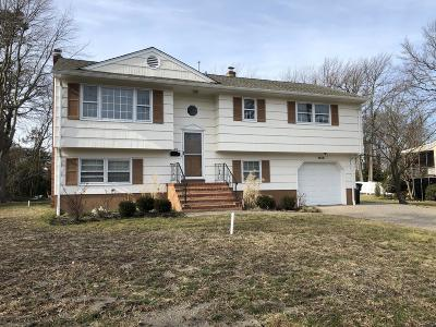 Rental Under Contract: 1613 W Maplewood Road