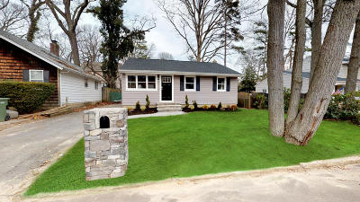 Single Family Home Continue To Show: 425 Glenmere Avenue