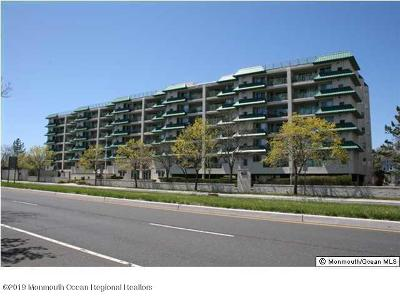 Long Branch Condo/Townhouse For Sale: 422 Ocean Boulevard #4J