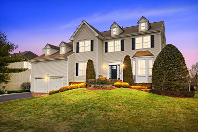 Freehold Single Family Home For Sale: 146 Princeton Oval