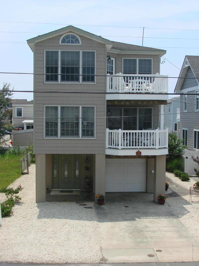 Long Beach Twp Single Family Home For Sale: 18 E 13th Street
